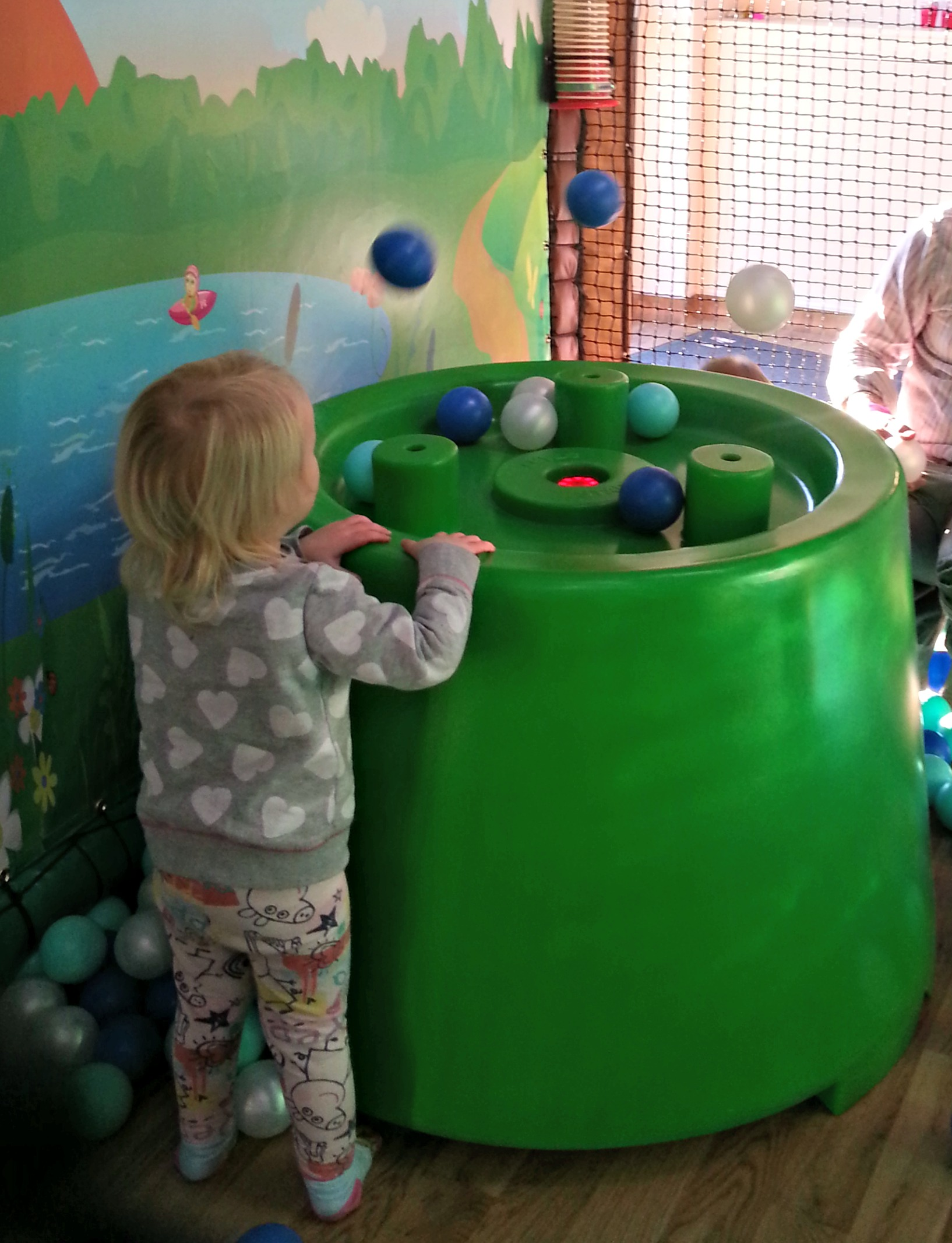 owls playcentre fairlop ball blower