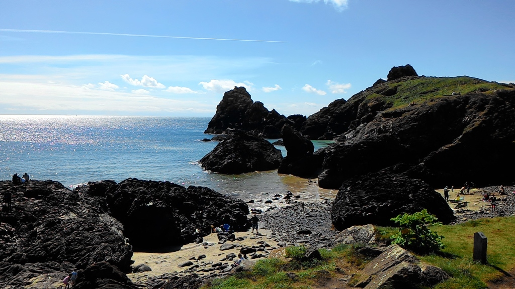 kynance cove cornwall parkdean mullion (1024x576)