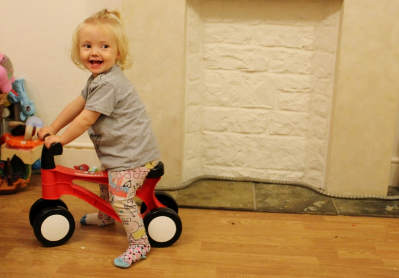 toddlebike 2 loving it (800x558)