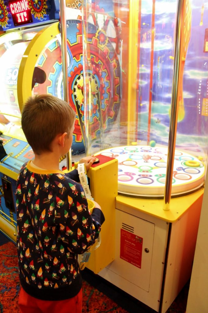 parkdean cherry tree arcades review