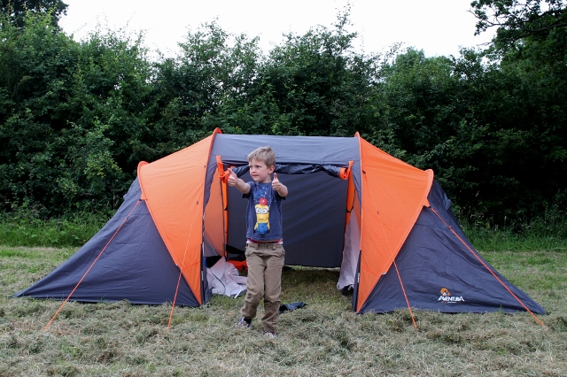 pitching halfords aventura family tent & Camping with kids - Aldenham Country Park - Mummy Is A Gadget Geek