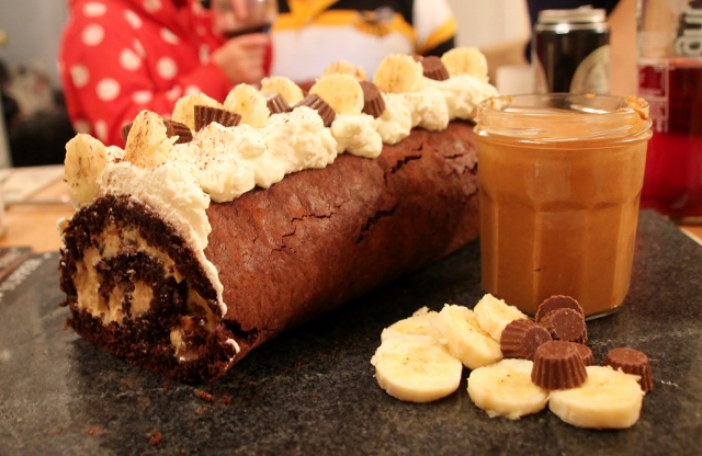 chocolate peanut butter banana roulade