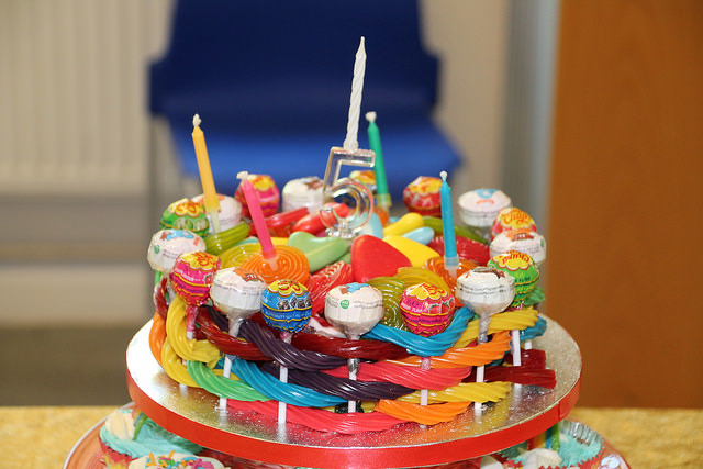 rainbow sweetiecake birthday