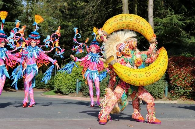 disneyland paris parade lion king