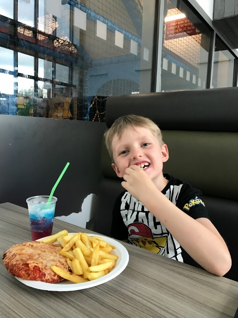 kids pizza and chips
