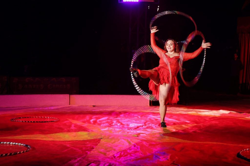 santus circus rings ruby