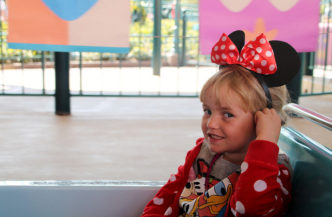 minnie mouse ears disneyland paris