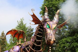 animated dragon from disneyland paris parade